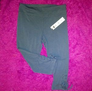 Lace up yoga leggings cropped NWT slate blue L